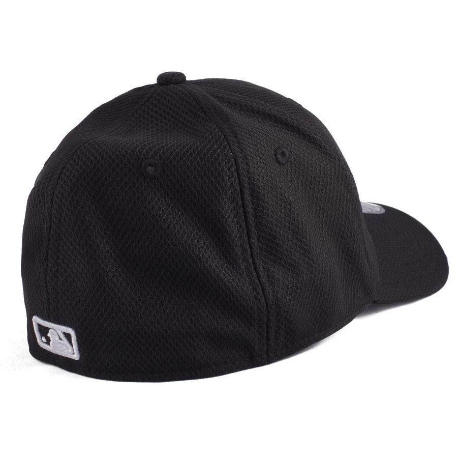 Бейсболка Atlanta черная