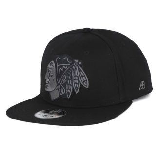 28185 Бейсболка NHL CHICAGO BLACKHAWKS Atrubutika & Club Snapback